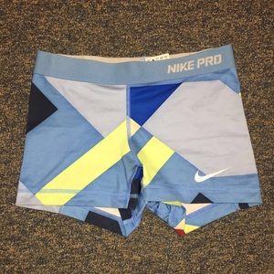 Rare Nike pro shorts (xs)